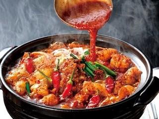 鬼辛!危険!辛さ〈15番〉の赤から鍋が付いた特別夕食コース【1泊2食付】